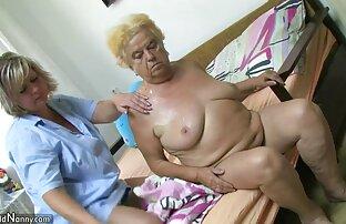A gorda Latina faz cócegas nos mamilos e faz um assistir filme pornô de japonês rabo grande.
