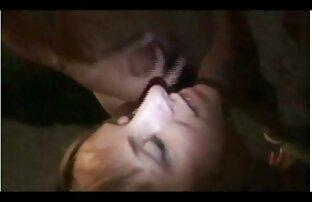 O sedutor Corvo de cabelo ruivo TS Larissa Albuquerque fode-lhe o cu filme de pornô de japonesa com um vibrador