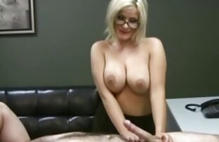 Babes-Katie vídeo de pornô só de japonesa Oliver tira para a câmera