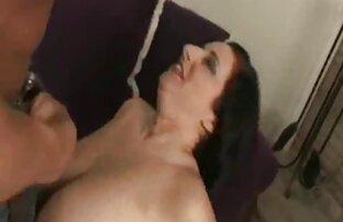Morena, sogra, de meias, Cavalgando depois de namoriscar. filme pornô japonês em desenho