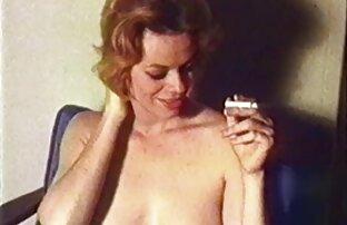 WTF ! A festa do pijama lésbico fica louca filme pornô com a japonesa