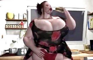 Íntimo e romântico profundo, oral e foder em todas as posições vídeo pornô japonês grátis com a MILF quente.