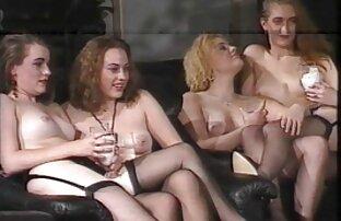 Namoradas boazonas Lésbicas boazonas a apalpar Orgasmos e vibradores de vidro a foder filme de pornô japonesa