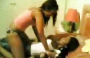 Shemale luxuoso Estela Duarte masturba-se filme japonês pornô depois de umas Selfies lascivas.