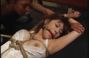 Mãe Mamas Grandes, Loira, A Milf filme de pornô de japonês dá ao toy boy uma boa mamada e foda-se.