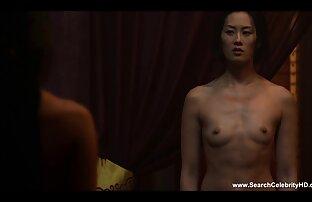 Uma Asiática maravilhosa com aparelho tem um espectáculo filme de pornô com japonês escaldante